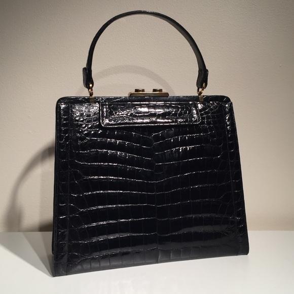 18e1d576b321 Vintage Manon Handbag. M 5c0c3a32de6f622ca8aeba81